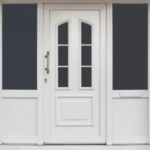 Moderner Hauseingang aus PVC mit Haustür und Fenstern - Modern PVC entrance with front door and windows
